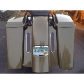 "6"" stretch fender with 8"" tall chrome bezel lights in fillers for long bags."